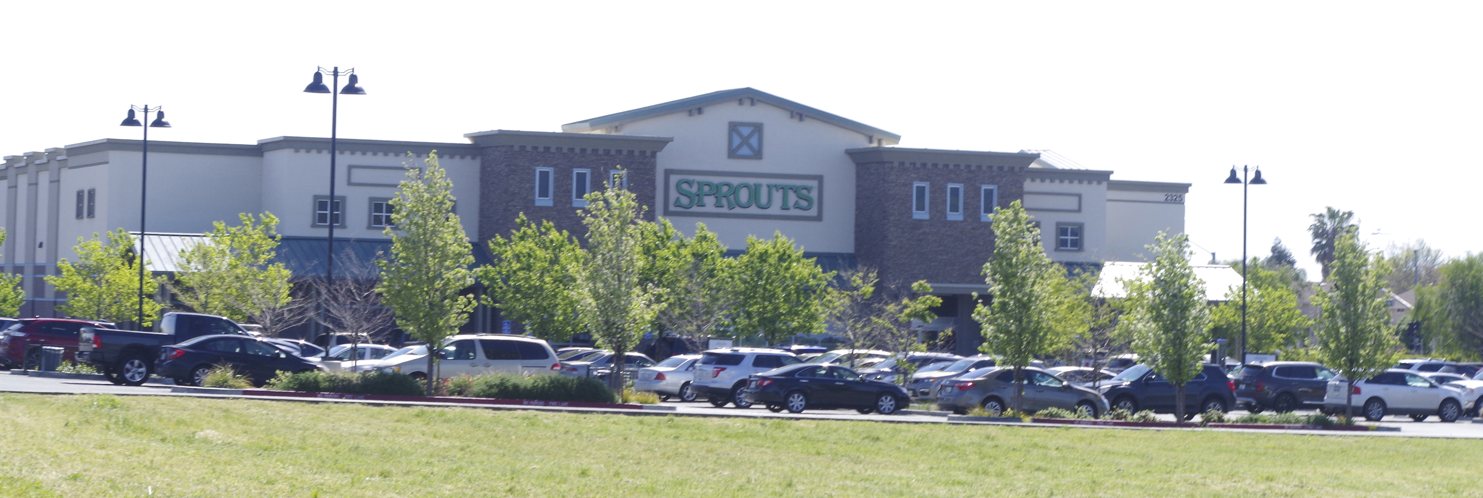 Sprouts Front of building